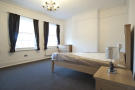 Flat Share in Kilburn Lane, London, W9