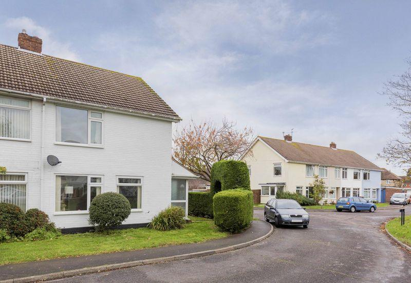 3 bedroom terraced house for sale in mill end emsworth po10