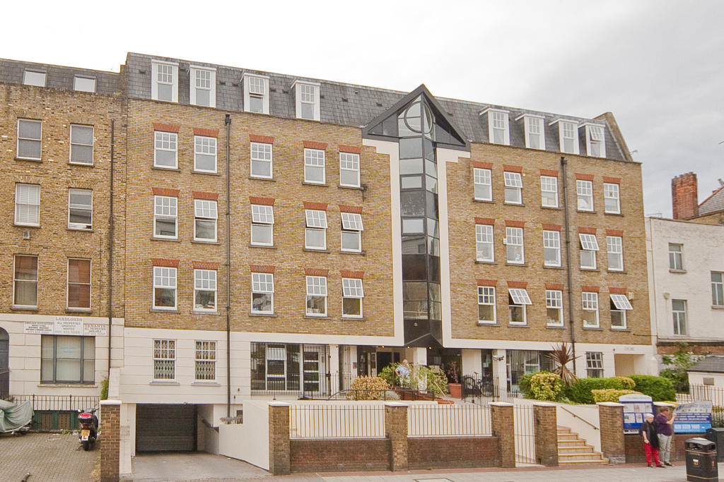 2 Bedroom Apartment For Sale In Hackney Road London E2 E2