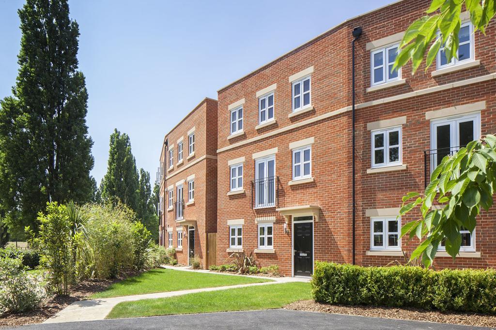 3 bedroom apartment for sale in newbury berkshire newbury rg14 7nz rg14