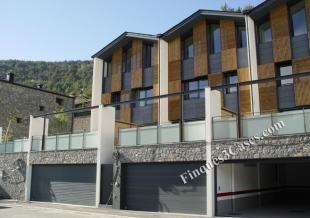 4 bed Town House in La Massana