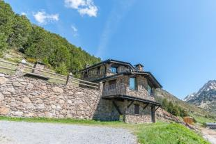 3 bedroom property for sale in Incles