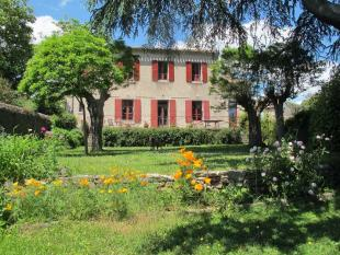 6 bed property in Languedoc-Roussillon...