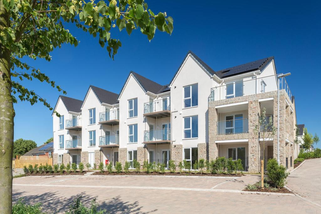 one bedroom apartment for sale in Plymouth