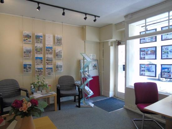 Front Office 3
