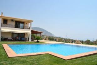 Villa in Attica, Megara