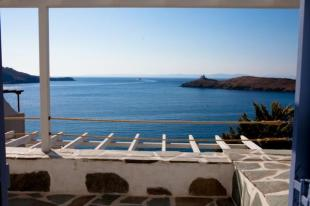 Detached home in Cyclades islands, Tzia...