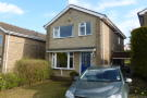 Detached home to rent in Broomhill Close...