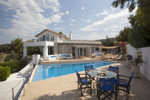 Ionian Islands Villa for sale