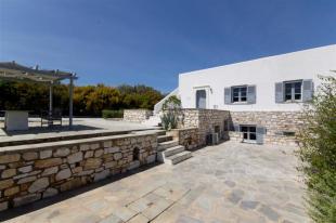 Villa for sale in Cyclades islands, Paros...