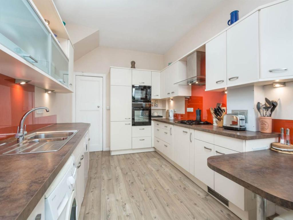 5 bedroom house for sale in 16 osborne terrace edinburgh for 2 osborne terrace