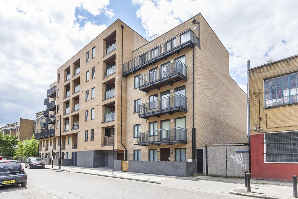 2 Bedroom Apartment To Rent In Fairfield Road London E3 E3