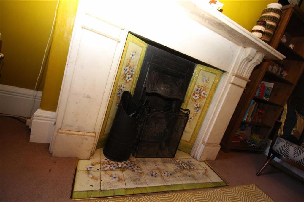 Family Room Fireplac