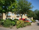2 bed Apartment in Aylsham Drive, Ickenham