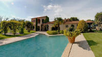 4 bedroom house in Provence-Alpes-Côte d'Azur, Bouches-du-Rh�ne, Rognes