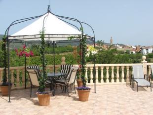8 bedroom Detached Villa for sale in Valencia, Valencia...