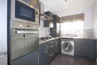 2 bed new property in Woodhouse Lane...