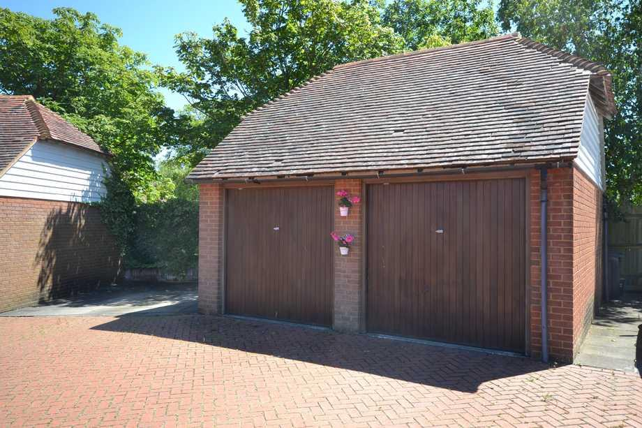 Detached garage and parking