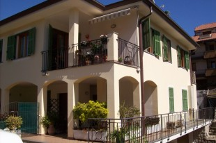4 bed Apartment for sale in Liguria, Imperia...