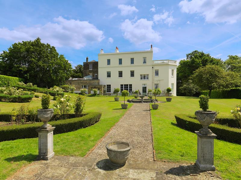 13 Bedroom Country House For Sale In Nazeing Park Nazeing Waltham Abbey En9 En9