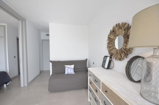 1rst Bedroom