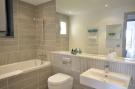 1rst Bathroom