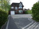 6 bed Detached property in Beacon Road...