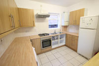Flat to rent in Bell Lane, London, NW4