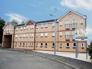 2 bedroom Flat in 16 Barnflat Court...