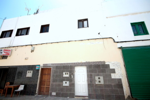 Flat for sale in Canary Islands...