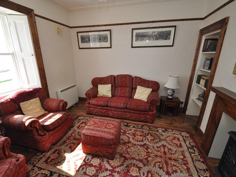 Cottage 1 - Living room
