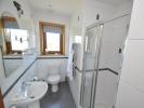 Guest bedroom 1 En-suite