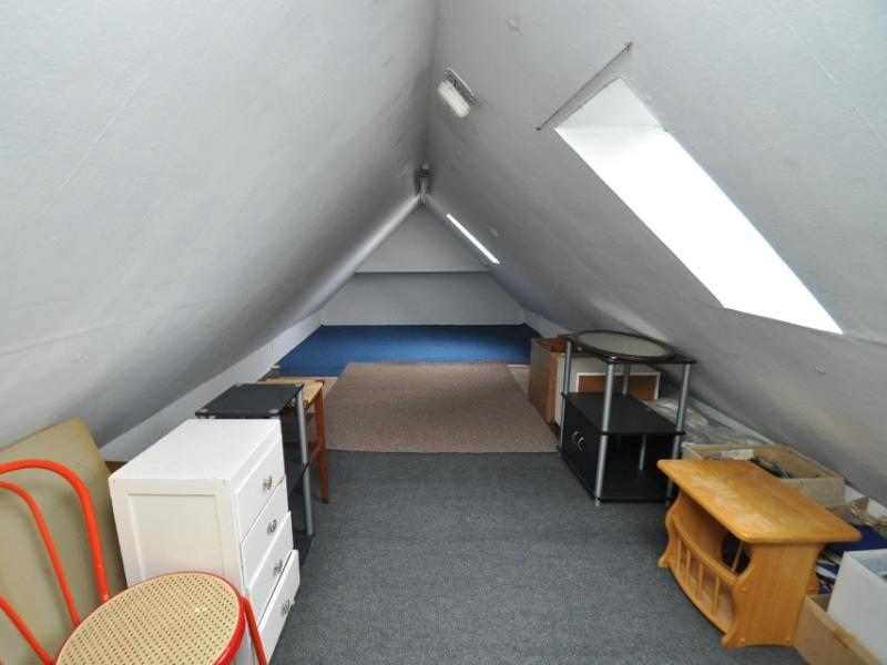Attic room 1
