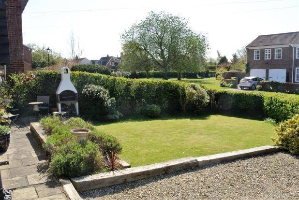 Front Garden alt.JPG
