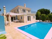 Villa in Almancil, Algarve...