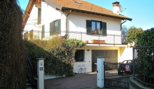 4 bed property in Lombardy, Varese, Ranco