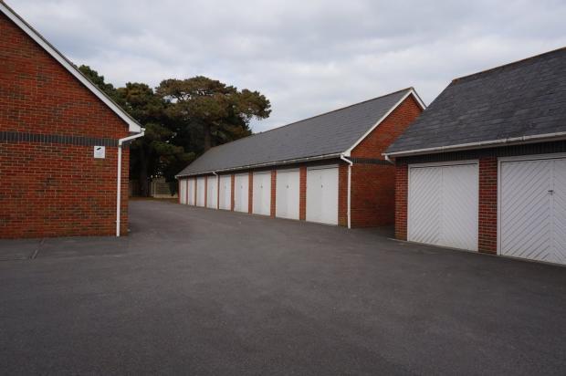 Garage En Bloc