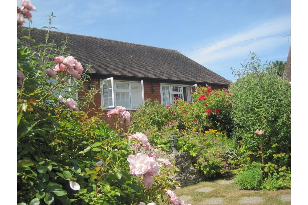 Holiday Cottage 1