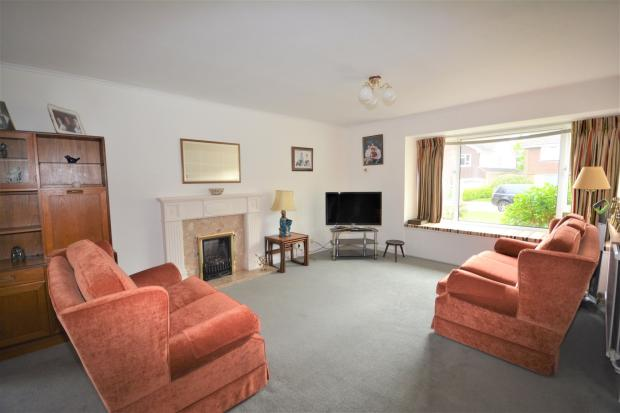 4 Bedroom Detached House For Sale In Wykeham Road