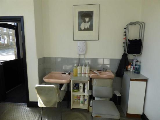 HAIRDRESSERS STUDIO