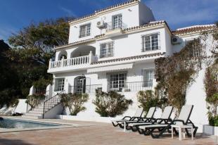 5 bedroom Villa for sale in Andalusia, M�laga...