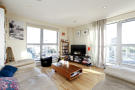 2 bed Apartment to rent in Southgate Road, London...