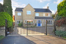 4 bedroom Detached property in Hempton Road, Deddington...
