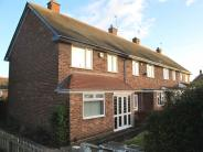 Town House for sale in Outmore Road...