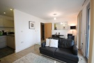 1 bedroom Flat in Heron Place, 4...