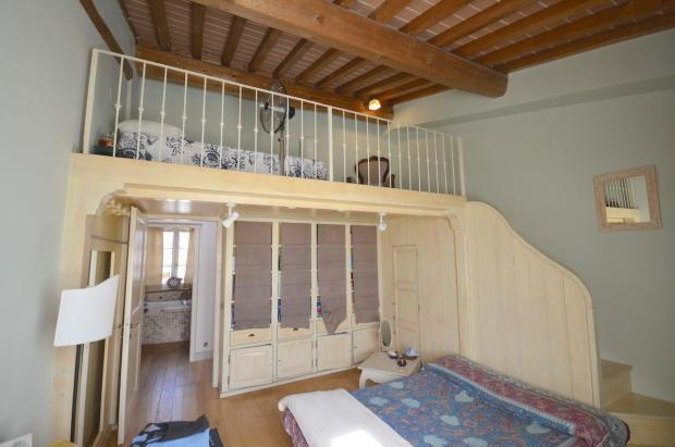 second doub bedroom
