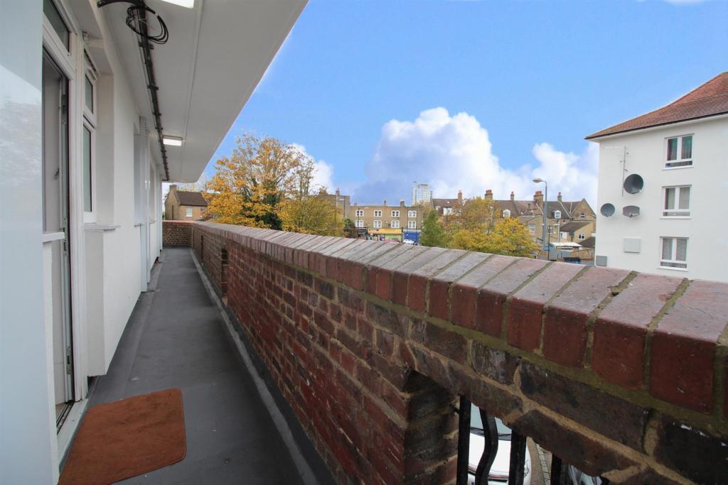 Balcony style Commun
