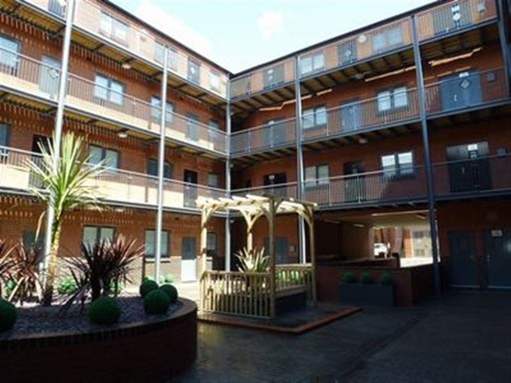 2 Bedroom Apartment To Rent In The Mint Birmingham B18 6bp B18