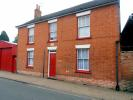 Ground Flat to rent in George Street, Hadleigh