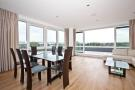 3 bed Apartment to rent in Kew Bridge, TW8